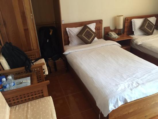 Trung Cang Hotel: 房间