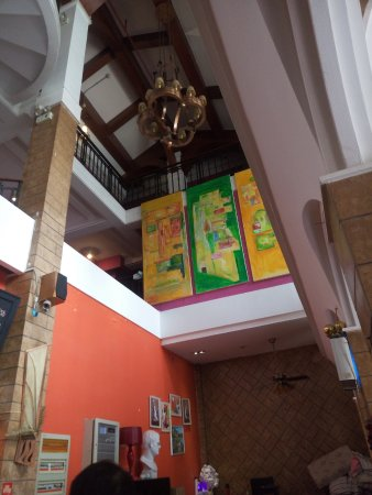 Koala Garden Hostel: 一楼仰视图