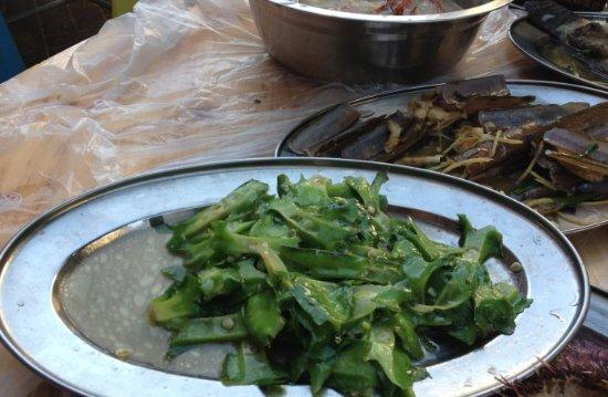 XiaoHai Luo Seafood JiaGong: 四角豆炒得全是水