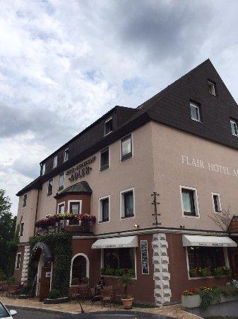 Pfullendorf, Alemanha: 早餐确实不习惯,都是凉的,每天都一样。这个没办法,不同国家不同习惯。住宿挺好。就这样。