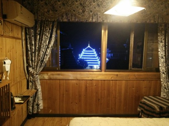 Sanjiang, الصين: 装修后的客栈