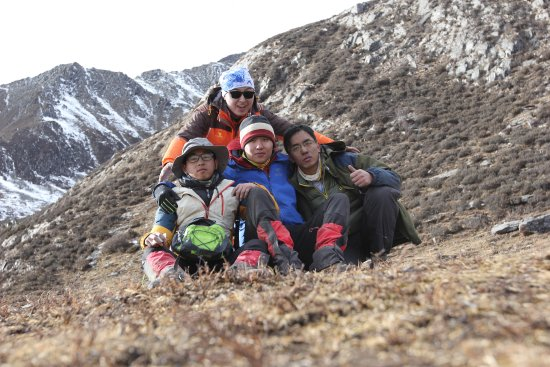 Xiaojin County, จีน: 返程憔悴的4人