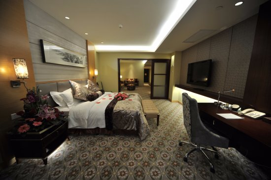 Jin Feng Hotel Photo