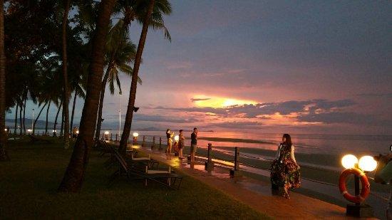 Shangri-La's Tanjung Aru Resort & Spa: 20160718_184332_large.jpg