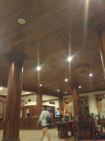 Dara Reang Sey Hotel Siem Reap: TA_IMG_20160723_210528_large.jpg