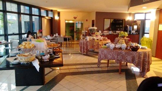 Bagnatica, Italia: 早餐