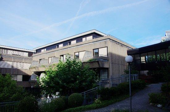 Hotel Sternen Muri: 酒店的主体很美,只是客房区看着比较一般