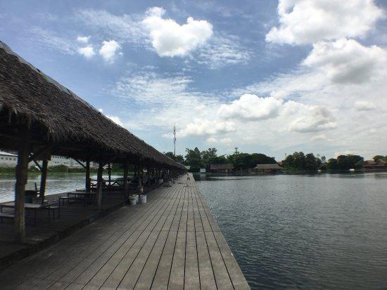 Bungsamran Fishing Resort: photo3.jpg