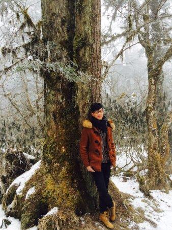 Luding County, Китай: 冰天雪地的感受,与恋人的相守,拍出了最美的我们~