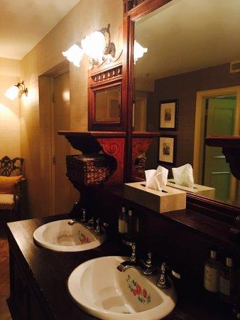 Bacchus Restaurant & Lounge: photo9.jpg