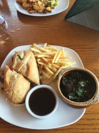 Island Park, ID: Angler Lodge & Riverfront Restaurant