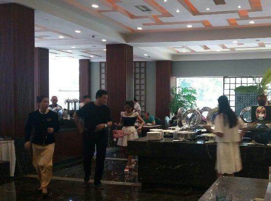 Tianfu Sunshine Hotel : 20160719_122645-1_large.jpg