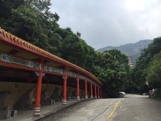 Huashou Temple