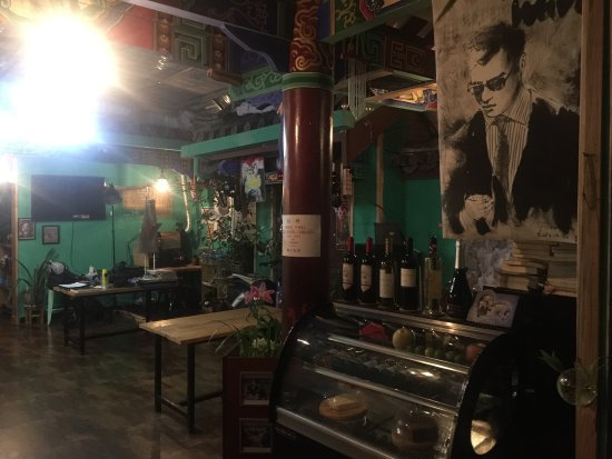 Chuxiong, China: 韩贝是楚雄市内唯一的一家正宗韩国人家开的餐厅。韩国妈妈做菜。自家味道。还有韩贝兄弟的正宗咖啡。楚雄仅此一家。不能再好了。