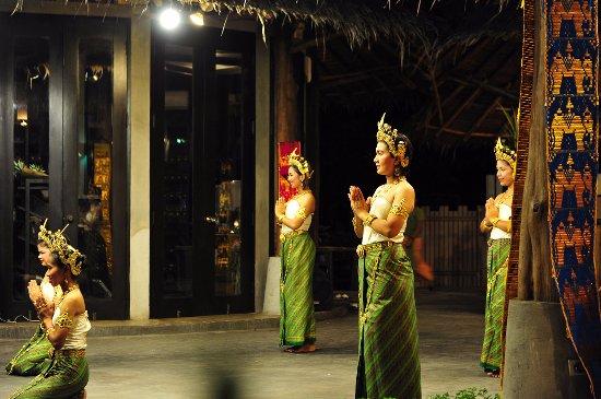 Marlin: 泰国民俗舞蹈