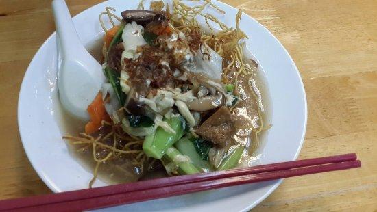 Zhu Yuan Vegetarian Restaurant: 煎生面,够火候,好吃