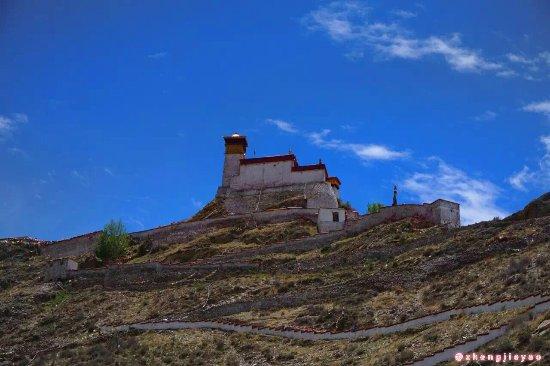Nedong County, Kina: 仰望雍布拉康