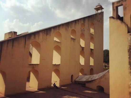Jantar Mantar: 。。。