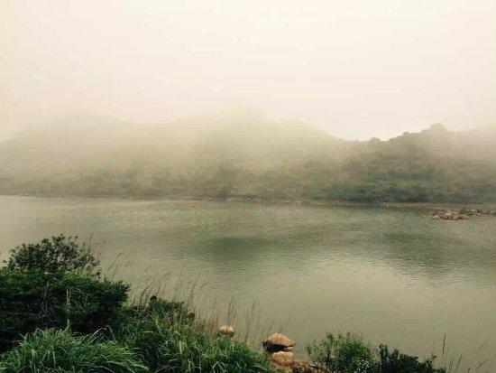Chaozhou Phoenix Tianchi Scenic Resort : 天池在云雾中更显神秘