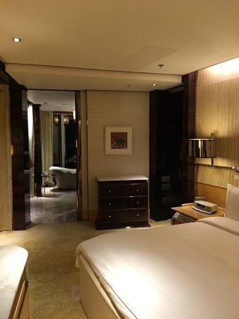 The Ritz-Carlton Shanghai, Pudong : photo1.jpg