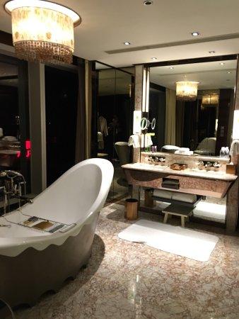 The Ritz-Carlton Shanghai, Pudong : photo2.jpg