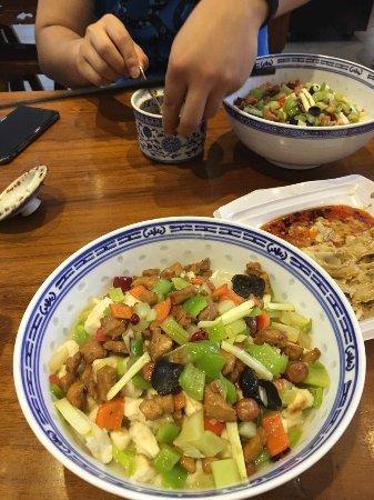 Lao Xi'an Hanji Sanxian Zhumo Restaurant