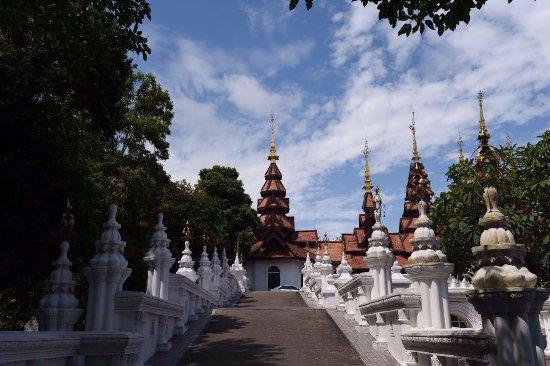 The Dhara Dhevi Chiang Mai: 皇宫媲美的酒店,处处都是景致。餐食也美,绝对推荐。