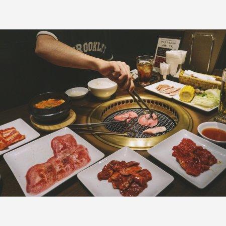 Yamatotakada, Japan: 放题烤肉限时两小时