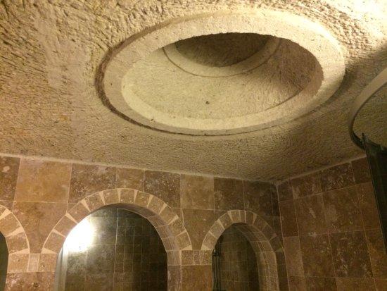 Vineyard Cave Hotel: photo0.jpg