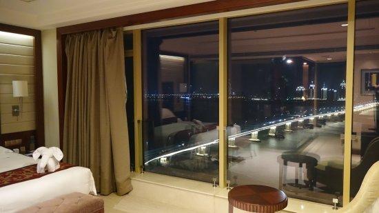Наньчан, Китай: 风景太赞 窗外就是南昌大桥。