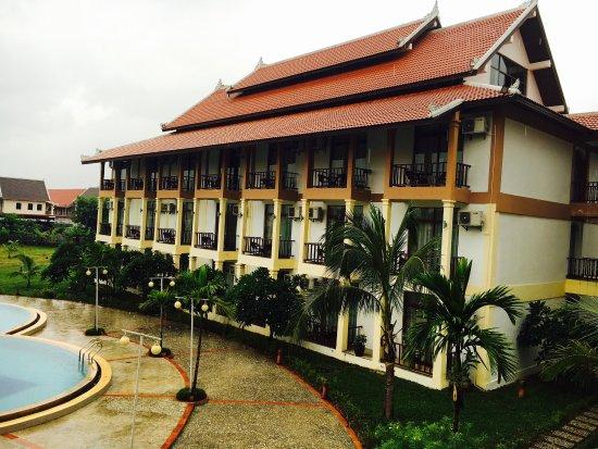 Xishuangbanna Hotel: 去的时候正是雨季,每天早上都下小雨,别有一番韵味
