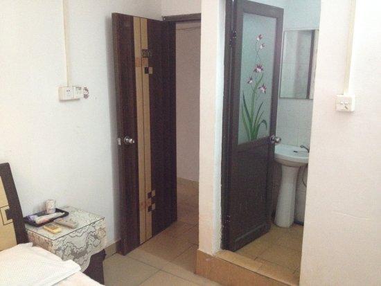 Jinyuelai Apartment