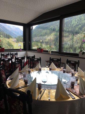 Ayer, Schweiz: Qi Lin Chinese Restaurant