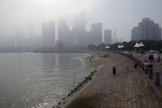 Qingdao Beach: 青岛海滨