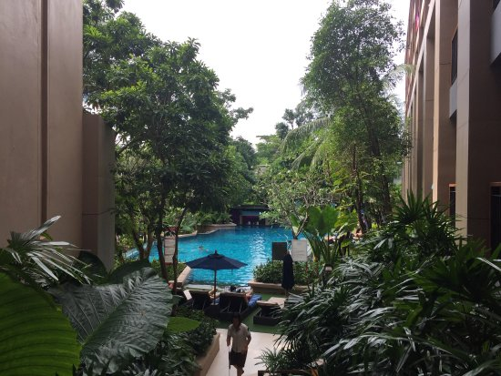 Novotel Phuket Kata Avista Resort and Spa: 酒店床很大,双床间的床都很大。