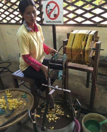 Angkor Silk Farm : 制丝过程