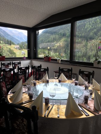 Ayer, Switzerland: Qi Lin Chinese Restaurant