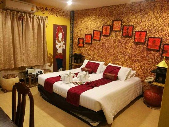 โรงแรมพาราซอล อินน์ บาย คอมพาส ฮอสพิทอลิตี้: 1484454440559_large.jpg