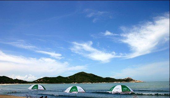 Qing'ao Bay: 青澳湾碧海蓝天沙滩
