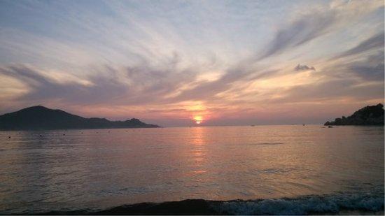 Qing'ao Bay: 青澳湾日出
