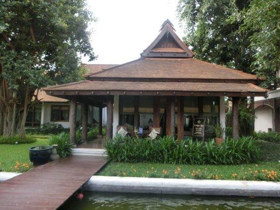 Sibsan Luxury Hotel Rimping Chiangmai Photo