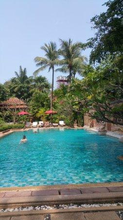 โรงแรมป่าตอง บีช: photo0.jpg