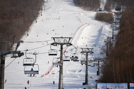 滑雪 - 永吉県、北大湖滑雪场の...