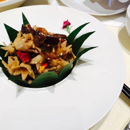 HUALUXE Kunming: 昆明华邑酒店