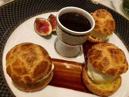 The Ritz-Carlton Cafe Photo