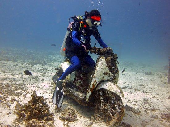 Choeng Thale, Tajlandia: 皇帝岛的水下探寻,骑摩托车,哈哈哈