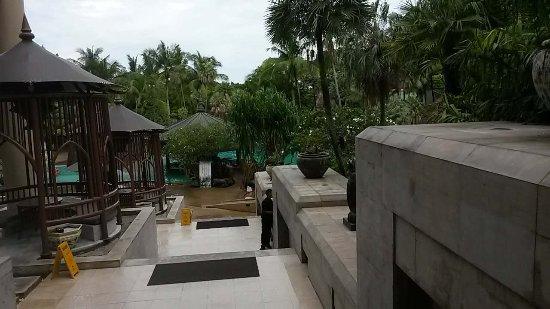 Movenpick Resort & Spa Karon Beach Phuket: 东南亚风格