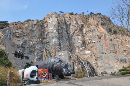 Rongcheng, China: 进门第一景