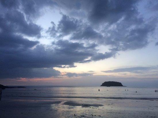 Kata Beach : 3月的日落