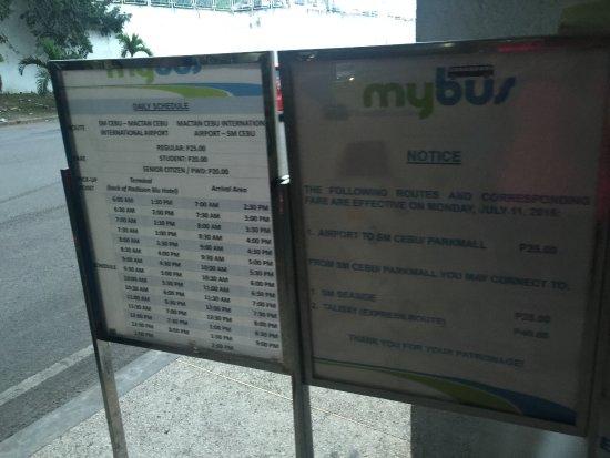 Radisson Blu Cebu: 机场大巴直达的班车时刻表
